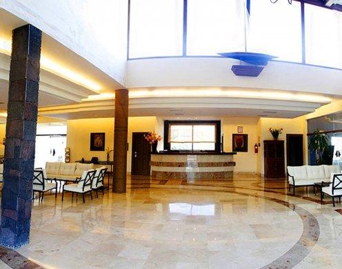 Vitalclass lanzarote sport wellness resort for Oficina turismo lanzarote