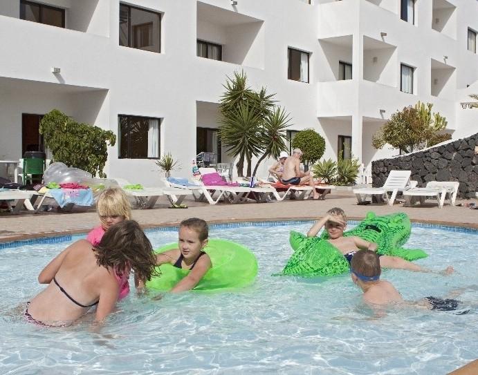 Apartamentos lanzarote paradise teguise lanzarote for Oficina turismo lanzarote